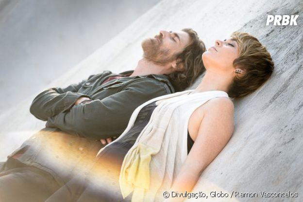 """Em """"A Lei do Amor"""": Helô (Claudia Abreu) e Pedro (Reynaldo Gianecchini) se reencontram após 20 anos!"""