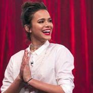 """Bruna Marquezine participa do programa """"Adnight"""", dança muito funk e é zoada sobre namoro com Neymar"""