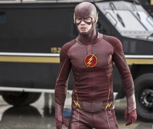 "Em ""The Flash"", o Barry (Grant Gustin)vai trabalhar comJulian (Tom Felton)"