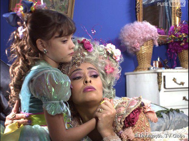 """Em """"Meu Pedacinho de Chão"""", a Catarina (Juliana Paes) faz de tudo pela sua filha"""