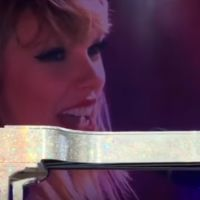 "Taylor Swift canta ""This Is What You Came For"", de Calvin Harris, em primeiro e único show de 2016!"