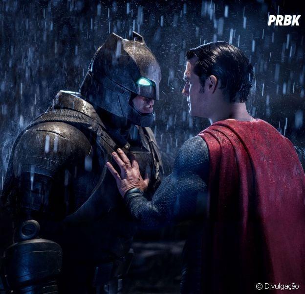 """Em """"Batman VS Superman"""", os dois herois travaram uma luta inesquecível!"""
