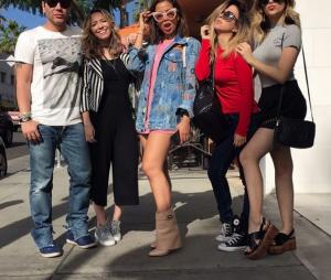 Ostentação! Anitta, Nah Cardoso e Tatá Werneck posam juntas em Beverly Hills