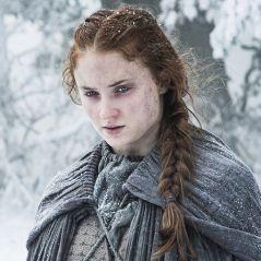 """Em """"Game of Thrones"""", Sansa (Sophie Turner) grávida? Site de fãs esclarece rumores!"""
