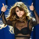 """Selena Gomez conta o que mudou depois de sua pausa na carreira: """"Relaxada e revigorada"""""""