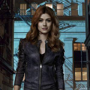 """De """"Shadowhunters"""": na 2ª temporada, série promete retorno sombrio. Veja fotos!"""