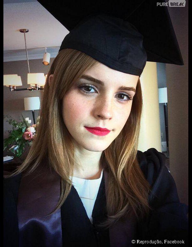 Emma Watson se forma em Literatura Inglesa nos Estados Unidos