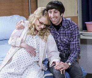 """Em """"The Big Bang Theory"""": bebê de Howard (Simon Helberg) e Bernadette (Melissa Rauch) trará grandes emoções!"""
