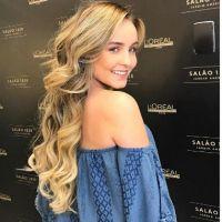 Larissa Manoela muda de visual mais uma vez e aparece com fios longos!
