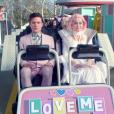 """Katy Perry anda em uma montanha russa polêmica em """"Chained To The Rhythm"""""""