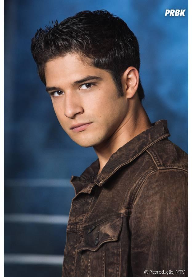 """O lobisomem de """"Teen Wolf"""", Scott MacCall (Tyler Posey), poderia transformar Hazel (Shailene Woodley) e salvá-la em """"A Culpa é Das Estrelas""""!"""