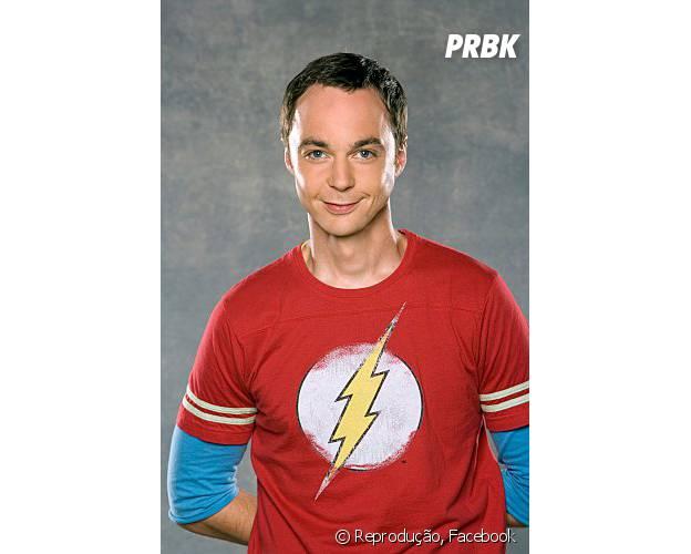 """O gênio de """"The Big Bang Theory"""", Sheldon (Jum Parsons), poderia criar a cura do câncer de Hazel (Shailene Woodley) no filme """"A Culpa é Das Estrelas""""!"""