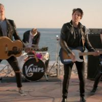 "The Vamps lança, com Demi Lovato, o clipe de ""Somebody To You"""