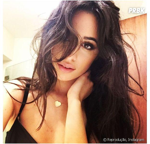 """Camila Cabello cantando """"Closer"""", do The Chainsmokers? Versão original na voz da cantora vaza e surpreende fãs!"""