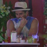 """No """"BBB17"""": Marcos se envolve em polêmica e tag """"Vivian Merece Respeito"""" toma conta no Twitter"""