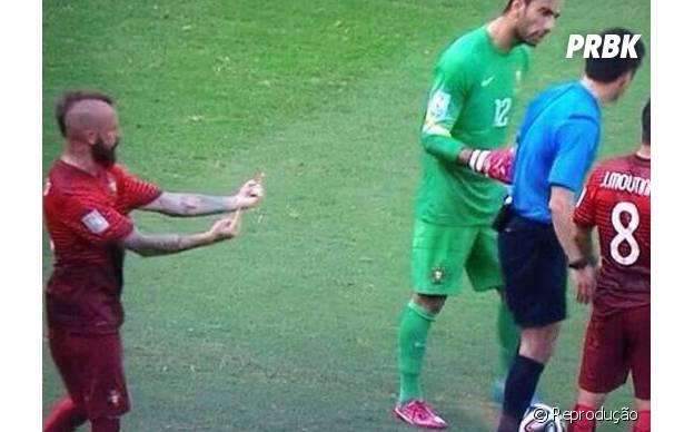 O jogador português fez mau –criação para o juiz