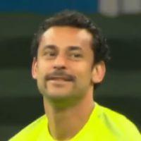 Depois de Neymar, Fred muda o visual e estreia bigode na Copa contra Camarões
