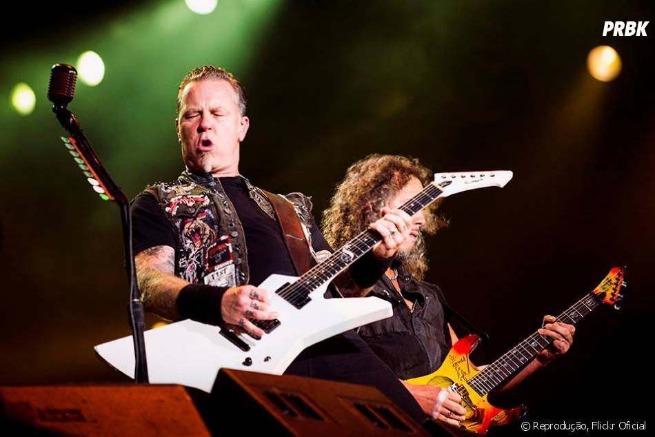 "Metallica tocou o tema de ""Star Wars"" e a ""Marcha Imperial"" de Darth Vader."