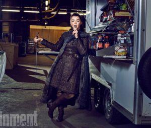 """De """"Game of Thrones"""":Maisie Williams é mesmo a rainha de tudo, né? Até na hora do intervalo"""