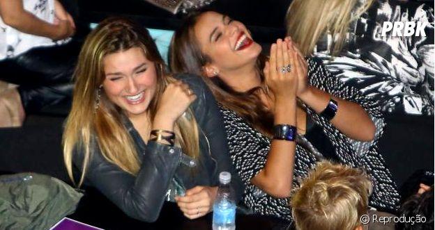 Bruna Marquezine e Sasha Meneghel se divertem muito juntas!