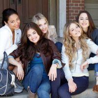 """Final """"Pretty Little Liars"""": Lucy Hale se despede da série com texto no Instagram e fãs se emocionam"""