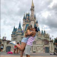 Larissa Manoela e Thomaz Costa aparecem em clima romântico em novas fotos!