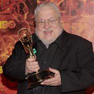 """De """"Game of Thrones"""": autor da série sugere possibilidade de dois novos livros para 2018"""