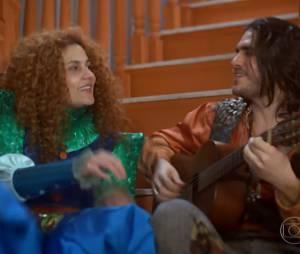 """Gina (Paula Barbosa) e Viramundo (Gabriel Sater) estão no maior clima um com o outro em """"Meu Pedacinho de Chão"""""""