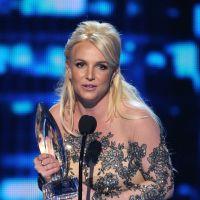 Britney Spears elogia novo álbum da cantora Sia no Twitter