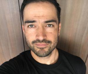 Alfonso Herrera completa 34 anos nessa segunda-feira (28)