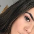 Maisa Silva faz caras e bocas nas selfies