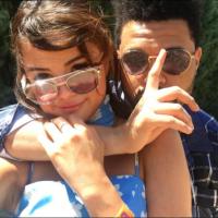 Selena Gomez e The Weeknd aparecem em clima de romance em nova foto!