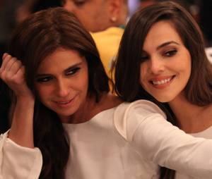 """Reta final de """"Em Família"""" libera bastidores do casamento de Clara (Giovanna Antonelli) e Marina (Tainá Müller)"""