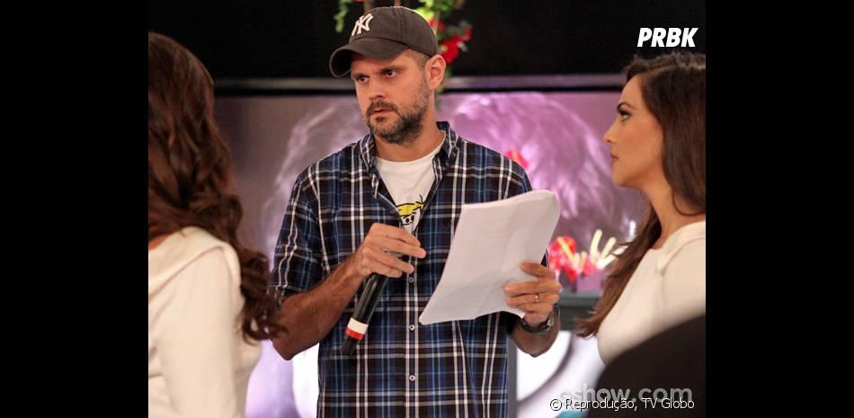 """Leonardo Nogueira passa cena do casamento de Clarina com Giovanna Antonelli e Tainá Müller nos bastidores de """"Em Família"""""""