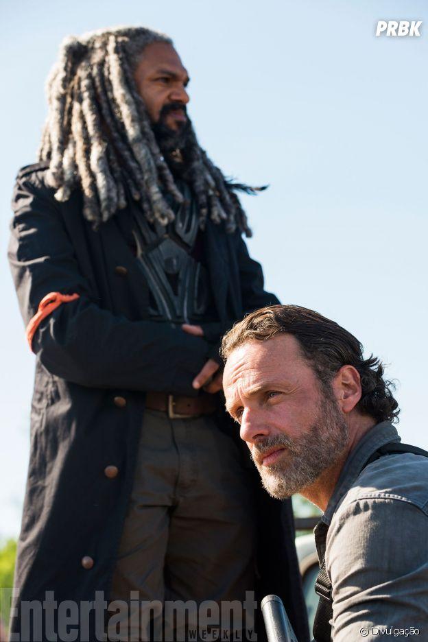 """Em """"The Walking Dead"""", na 8ª temporada: o que será que está rolando com Rick (Andrew Lincoln) e Ezekiel (Khary Payton)?"""