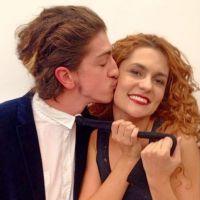 """Em """"Meu Pedacinho de Chão"""": Gina e Nando assumem namoro!"""