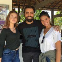 """Bruna Marquezine e Marina Ruy Barbosa mostram novo visual para """"Deus Salve o Rei"""""""