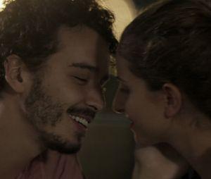 """Em """"A Força do Querer"""", Ivan (Carol Duarte) e Claudio (Gabriel Stauffer) conversam no penúltimo capítulo!"""