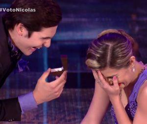 """No """"Dança dos Famosos"""", Nicolas Prattes pede Mayara Araújo em casamento!"""