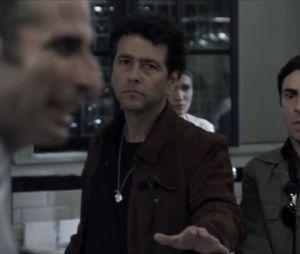 """Em """"O Rebu"""", Pedroso (Marcos Palmeira) se prepara para defender Angela (Patrícia Pillar) de Adão (Cesar Ferrario)"""