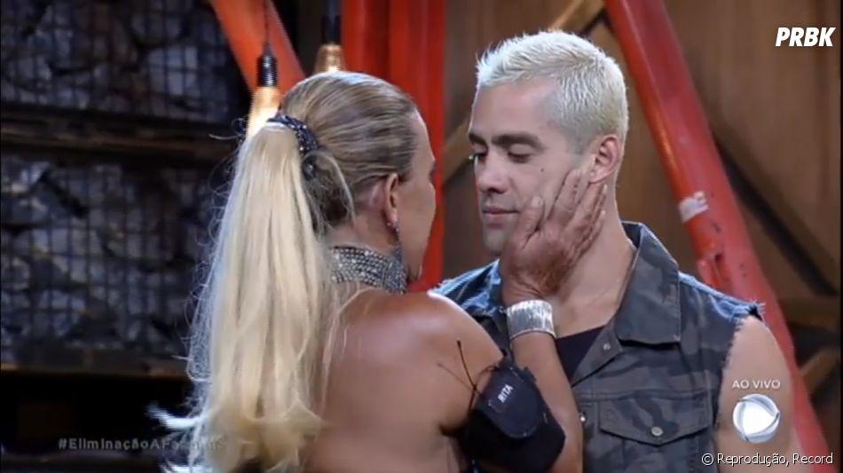"""Rita Cadillac consola Yuri após amigo ser eliminado de """"A Fazenda"""""""
