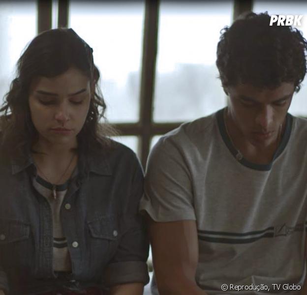 """Em """"Malhação"""", Keyla (Gabriela Medvedovski) aconselha Tato (Matheus Abreu) a ficar com K2 (Carol Macedo)"""