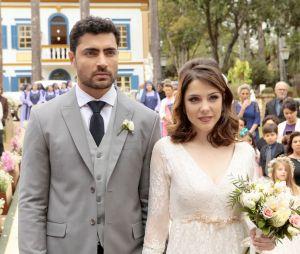 """De """"Carinha de Anjo"""", veja fotos do casamento de Cecília (Bia Arantes) e Gustavo (Carlo Porto)"""