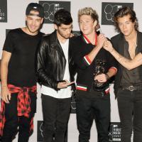 """One Direction não para! A boy band inglesa acaba de lançar o single """"Story of My Life"""""""