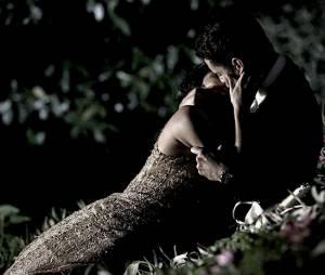 """Em """"O Rebu"""", Duda (Sophie Charlotte) e Bruno (Daniel Oliveira) ficam no maior clima romântico"""
