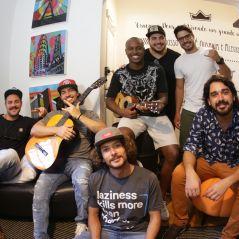 """Thiaguinho lança nova música com o grupo Atitude 67. Ouça """"Saideira"""" aqui!"""