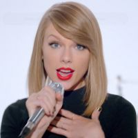 "Taylor Swift lança nova música ""Shake it Off"" e anuncia o álbum ""1989"""