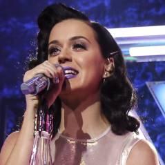 Katy Perry e Robert Pattinson aparecem altinhos e bem íntimos em vídeo!