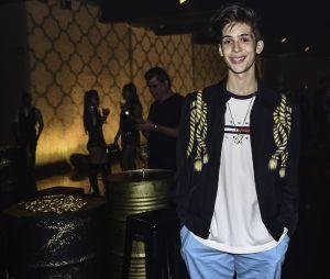 João Guilherme marca presença na festa de aniversário de 20 anos de Flavia Pavanelli