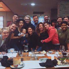 """Sem Lea Michele, elenco da série """"Glee"""" se reúne em jantar especial!"""